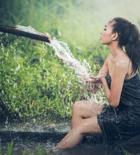 Destress & Detox: 4 Detox Baths You Must Take